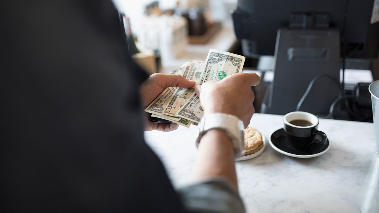 Top 10 Money Saving Tips to Build Your Bank Balance without Altering your Life Style